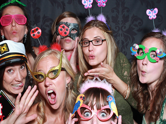 wedding-reception-with-photo-booth-boulder-CO