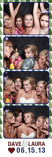wedding-fun-in-a-photo-booth-Boulder-CO