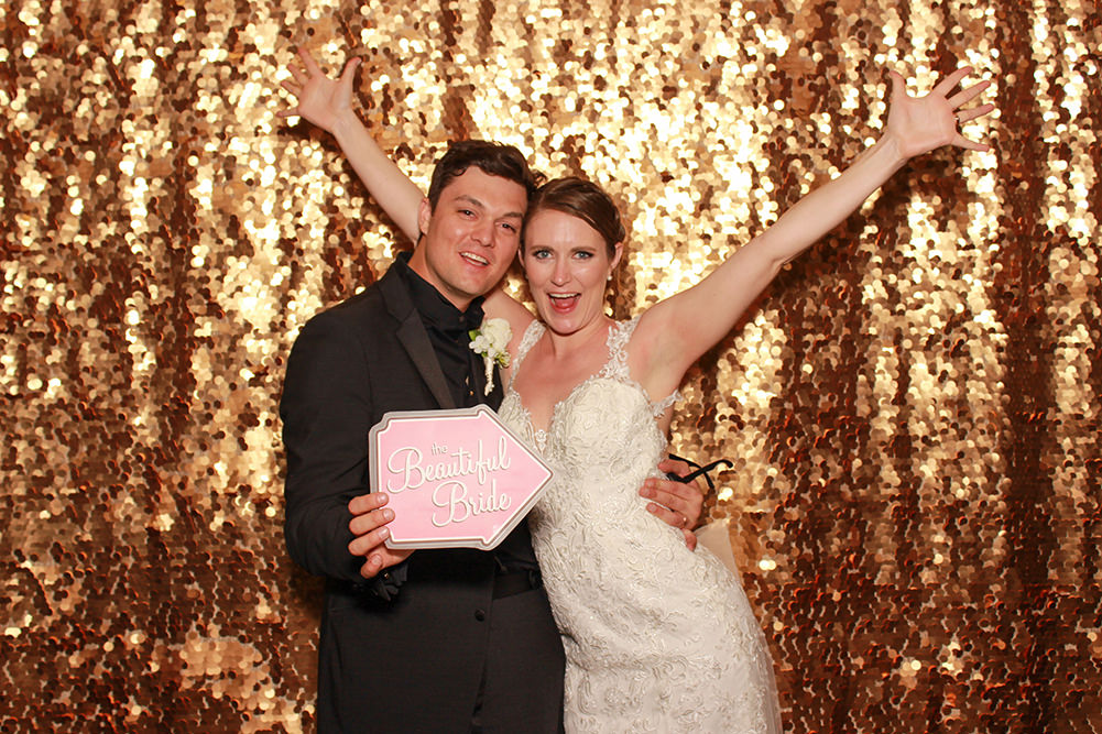 Gold-Sequin Backdrop 9x8ft (Open Booth only).